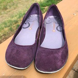 Merrell ladies' purple suede flats.